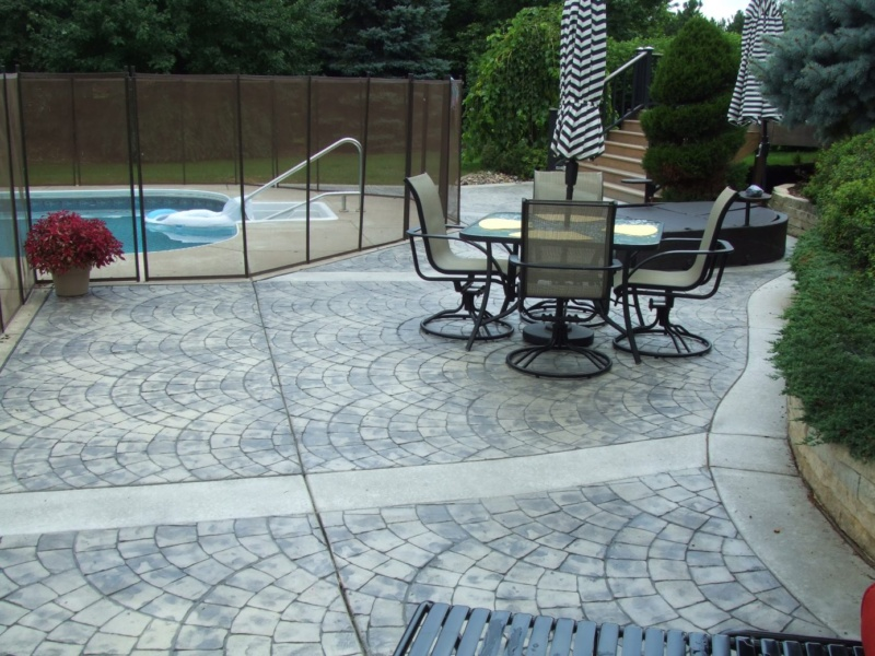 European fan stamp concrete at poolside