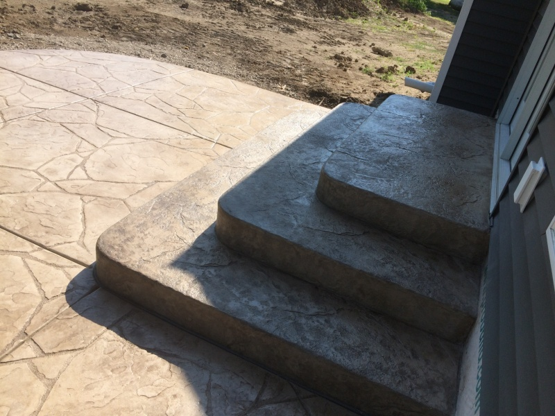 rear stamped steps with rounded corners