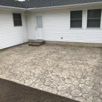 Small Patio With Random Stone Design